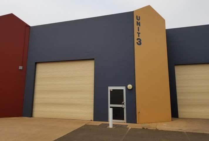 3/44 Mountbatten Drive Dubbo NSW 2830 - Image 1