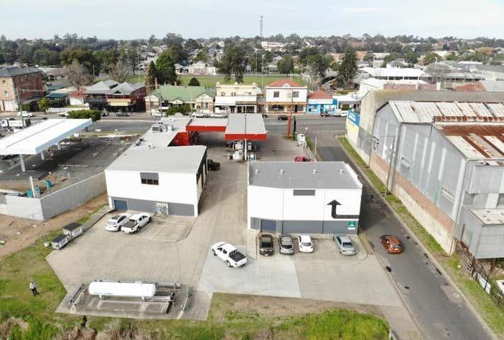 Unit 2, 39 Melbourne Street East Maitland NSW 2323 - Image 1