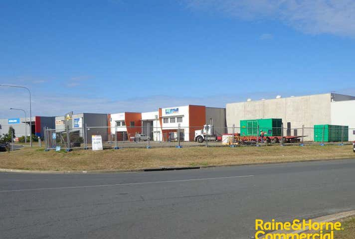 42 Transport Avenue Paget Mackay QLD 4740 - Image 1