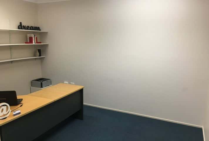 Crangold Centre, 26/27, 129A Lake St Cairns City QLD 4870 - Image 1
