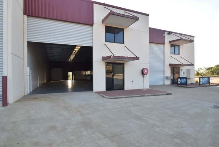 4/14 Civil Court Harlaxton QLD 4350 - Image 1