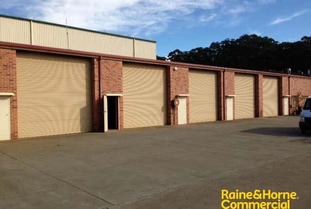 (L) Unit 8, 14 Acacia Avenue Port Macquarie NSW 2444 - Image 1