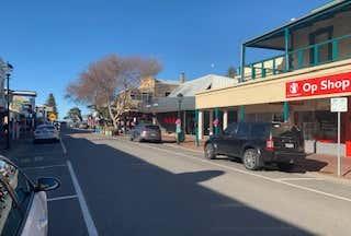 33 Ocean Street Victor Harbor SA 5211 - Image 1