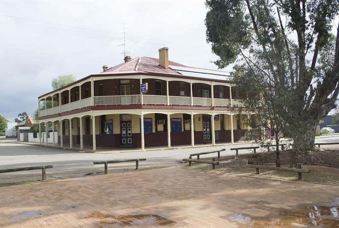 Brookton Club Hotel 24 Williams Street Brookton WA 6306 - Image 1