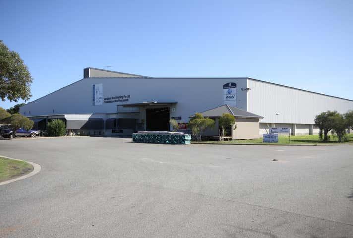 4 Lodge Drive East Rockingham WA 6168 - Image 1