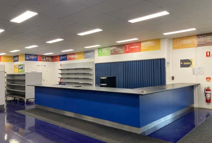 Rent solar panels at 2/5 Scotland Street Bundaberg East, QLD 4670