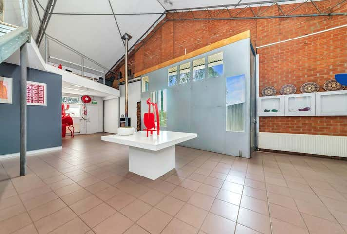 53 Kendall Avenue Queanbeyan NSW 2620 - Image 1