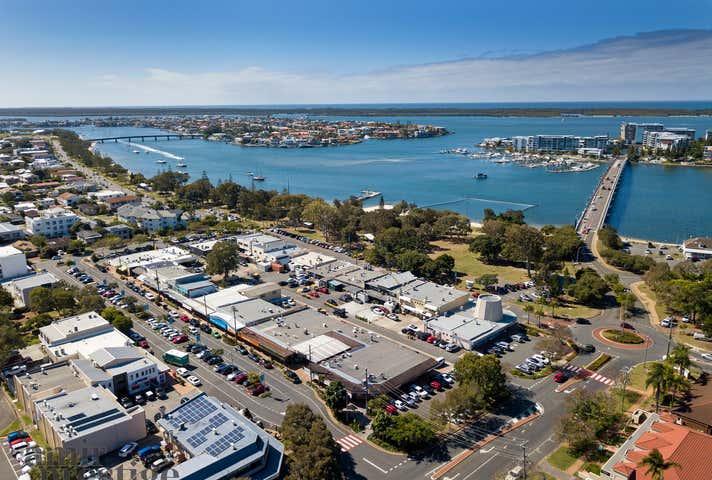 Shop 7, 1-5 Grice Avenue Paradise Point QLD 4216 - Image 1