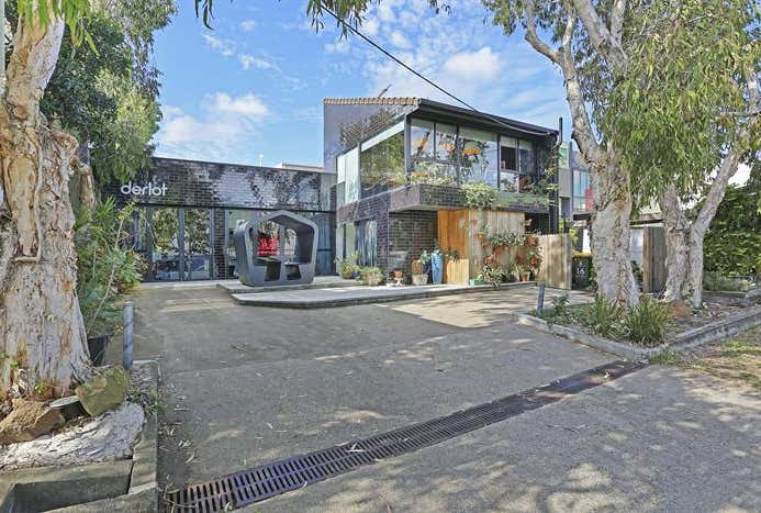 16 Horan Street West End QLD 4810 - Image 1