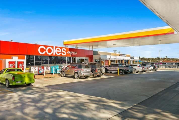 2/348 Alderley Street Kearneys Spring QLD 4350 - Image 1