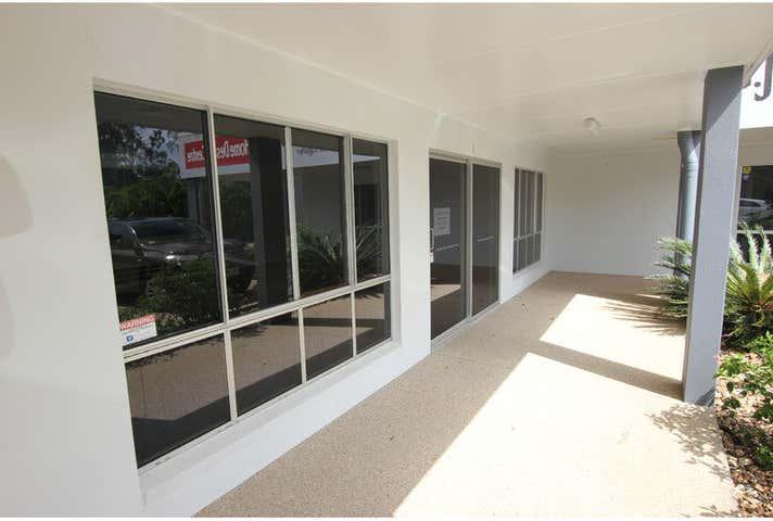 2/12 Fairfax Court Yeppoon QLD 4703 - Image 1