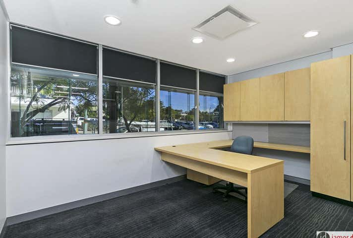 1/25 Cambridge Pde, Manly, Qld 4179