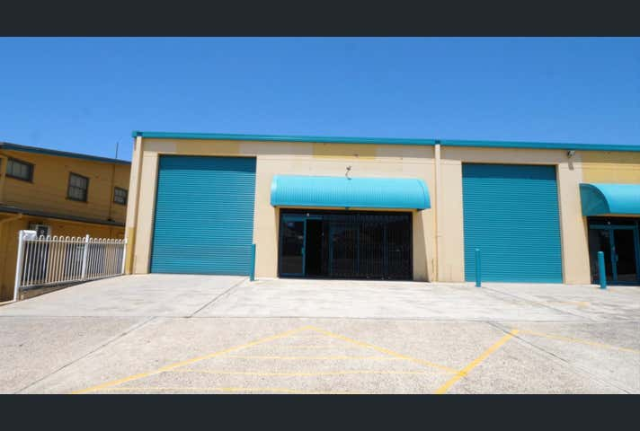 (Unit 1)/386-390 Pacific Highway Belmont NSW 2280 - Image 1