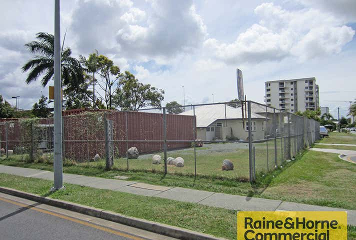 Chermside QLD 4032 - Image 1