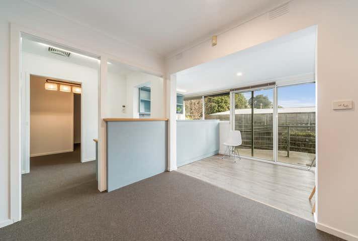 Rent solar panels at 137 Frankston-Flinders Rd Frankston, VIC 3199