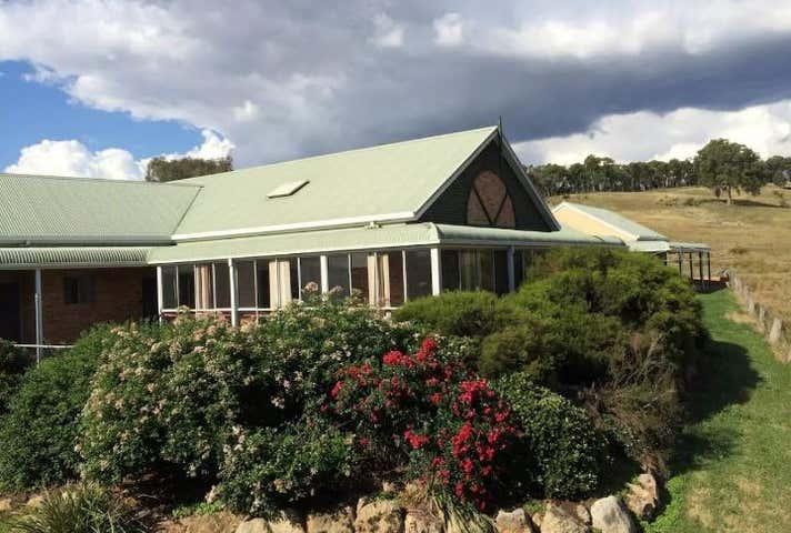 69 Centenary Wagga Wagga NSW 2650 - Image 1