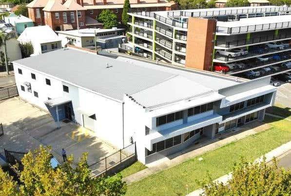 Rent solar panels at 287 King Street Newcastle, NSW 2300