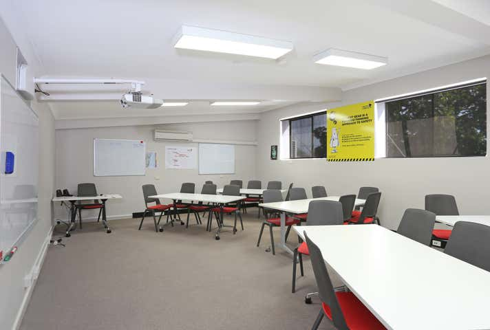 Suite 3, 77-79 Victoria Street Grafton NSW 2460 - Image 1