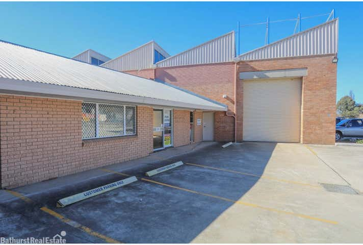 1/2 Vale Road, Bathurst, NSW 2795