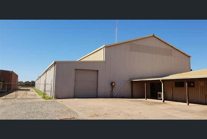 53 Great Eastern Highway West Kalgoorlie WA 6430 - Image 1