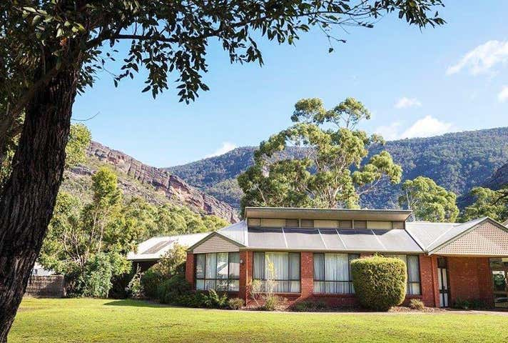Halls Gap, address available on request