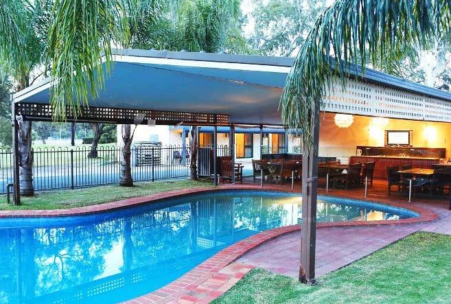Deniliquin Golf Leisure Motel, 1 Golf Club Drive Deniliquin NSW 2710 - Image 1