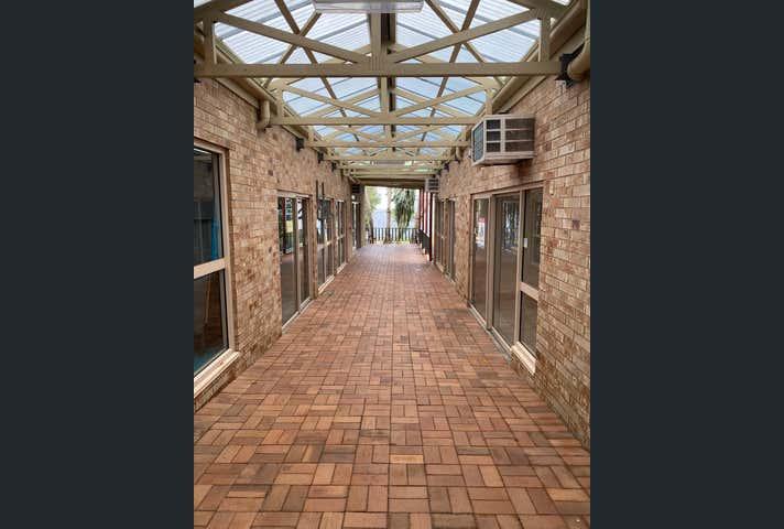 2/33 Zunker Street Burnett Heads QLD 4670 - Image 1
