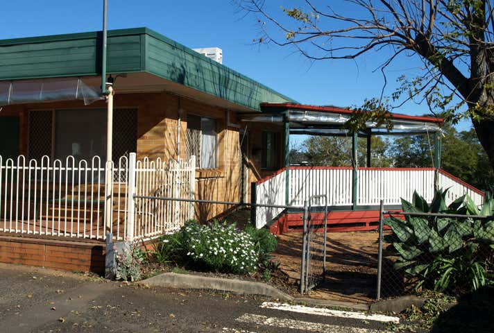 Building 1, 154 James Street South Toowoomba QLD 4350 - Image 1