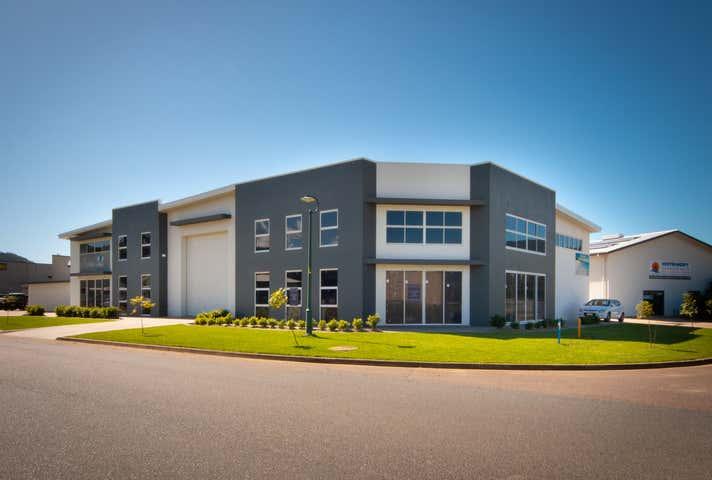 Moloko Complex, 54 Carlo Drive Cannonvale QLD 4802 - Image 1