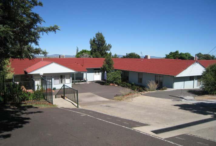 9 Burnside Avenue Tamworth NSW 2340 - Image 1