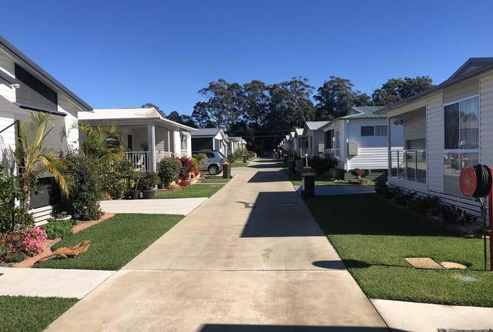 369 Pine Creek Way Bonville NSW 2450 - Image 1