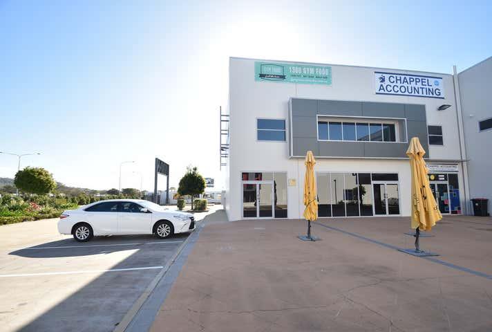 1/547 Woolcock Street Mount Louisa QLD 4814 - Image 1