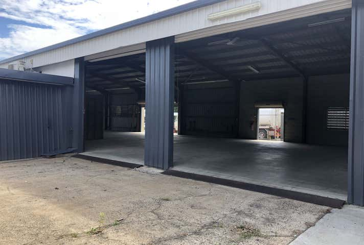 C2, 10 Commercial Place Earlville QLD 4870 - Image 1