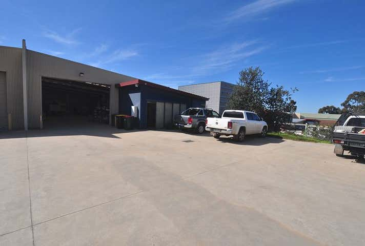 1/8 Merino Court East Bendigo VIC 3550 - Image 1