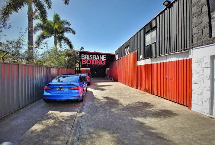 30 Love Street Bulimba QLD 4171 - Image 1