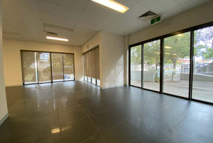 5/2 Acacia Court Robina QLD 4226 - Image 1