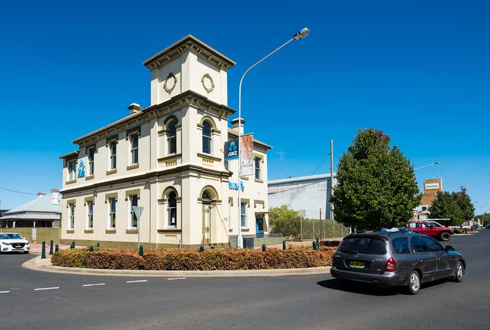 74 Lachlan Street Forbes NSW 2871 - Image 1