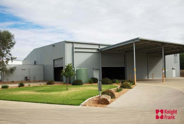 Unit 2, 4 Ball Place East Wagga Wagga NSW 2650 - Image 1