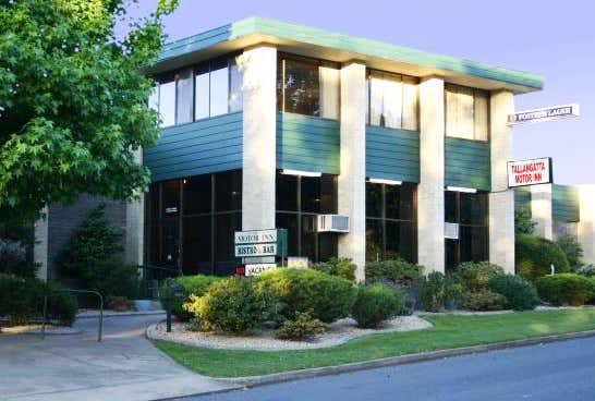 Tallangatta Motor Inn, 1 Akuna Avenue Tallangatta VIC 3700 - Image 1