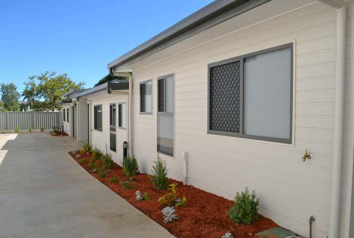 Villa, 77 Simpson Street Mount Isa QLD 4825 - Image 1