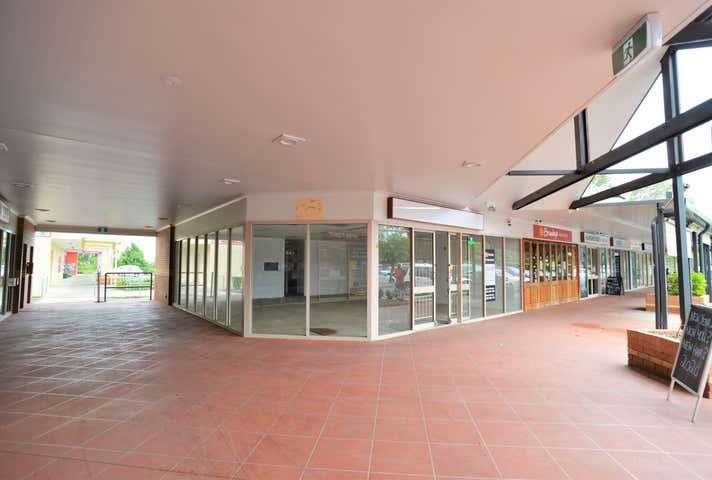 Shop 8 & 12 85-89 Cnr Middle & Coronation Road Hillcrest QLD 4118 - Image 1