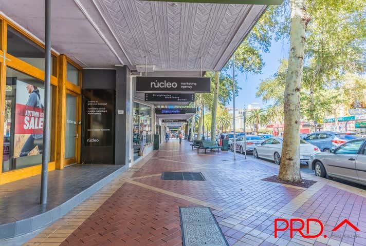 Upstairs 312 Peel Street Tamworth NSW 2340 - Image 1
