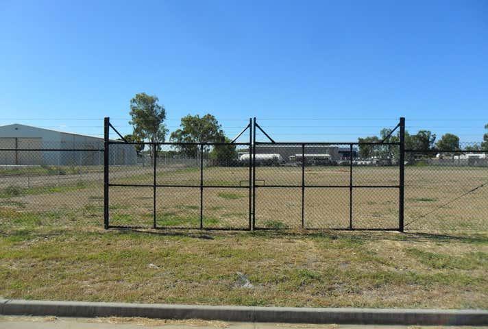 8-12 Sturt Street Parkhurst QLD 4702 - Image 1