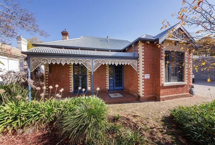 531 Macauley Street Albury NSW 2640 - Image 1