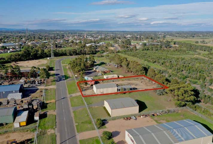 34 Giles Street Bairnsdale VIC 3875 - Image 1