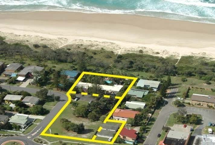 Hideaway Motel, 19, 21, 23 & 25 Cypress Crescent Cabarita Beach NSW 2488 - Image 1