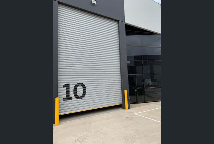 10/56-58 Eucumbene Drive Ravenhall VIC 3023 - Image 1