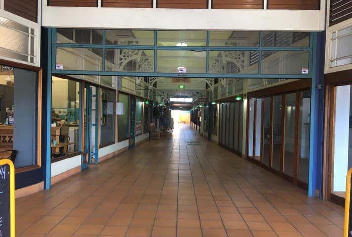 Rent solar panels at 11/54 Bourbong Street Bundaberg Central, QLD 4670