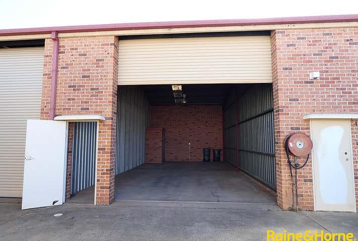 (L) Unit 3, 14 Acacia Avenue Port Macquarie NSW 2444 - Image 1