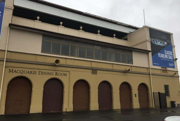 155 Governor Macquarie Drive Warwick Farm NSW 2170 - Image 1